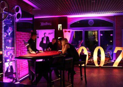Dekoracje tematyczne 007 Bond Casino Royale 1