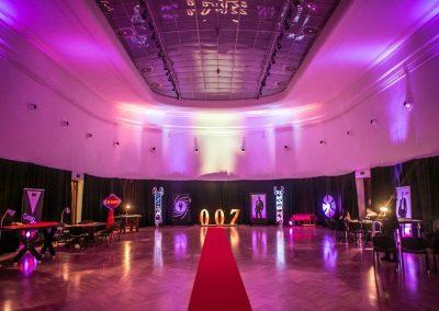 Wynajem impreza kasyno mobilne James Bond Casino Royale dekoracje tematyczne